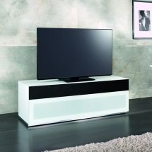 TV taso Verona 153. TV-tason ovessa on audio-kangas - vallaste.fi