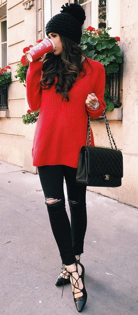 Black Beanie // Red Top // Leather Shoulder Bag // Destroyed Skinny Jeans // Laced Up Flats