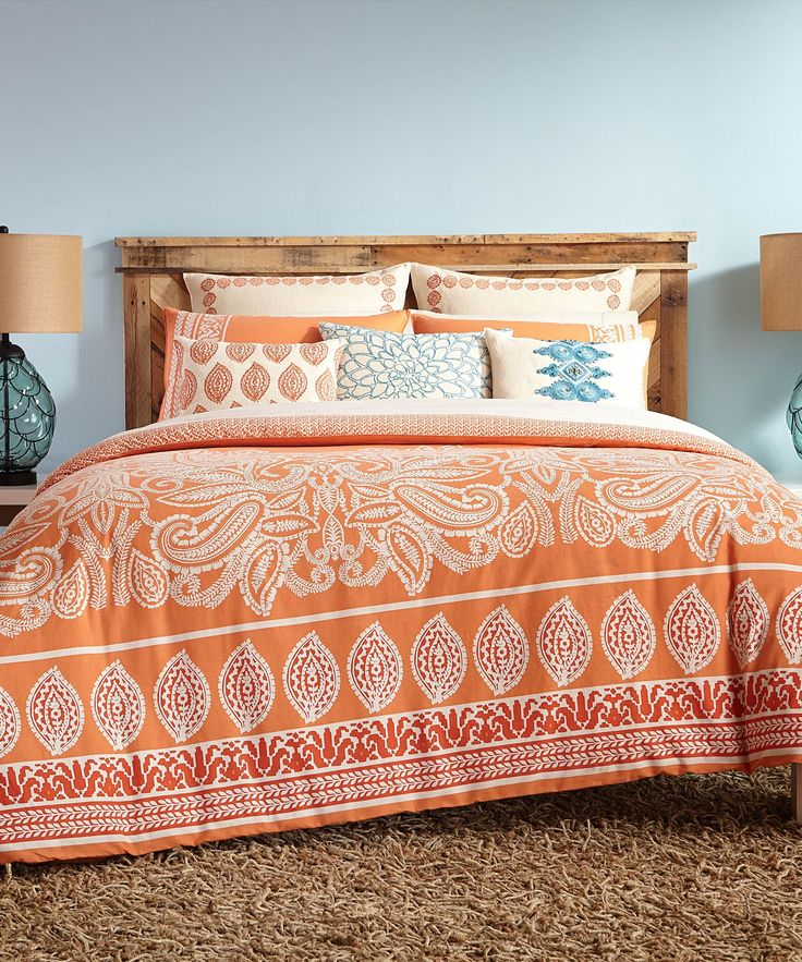 Bright and boho, this bedding will have you waking up feeling like it's summer no matter the season. We love this styled with a collection of your favorite pillows for a casual, eclectic look.