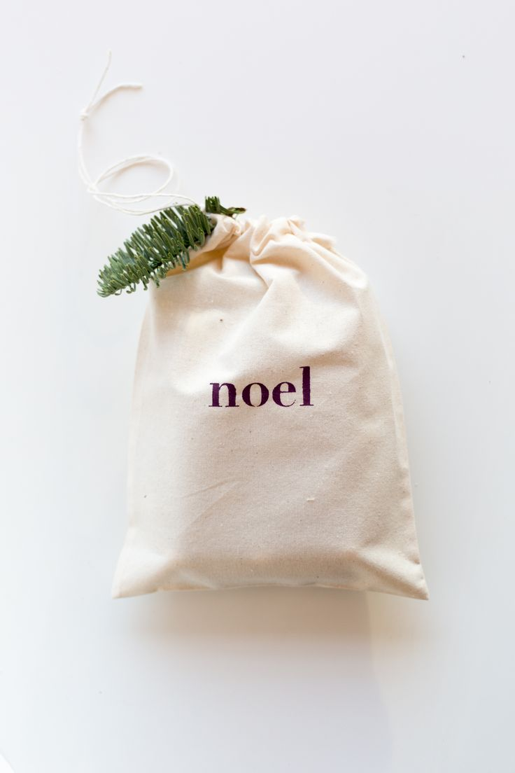 DIY Stencilled Fabric Gift Bags