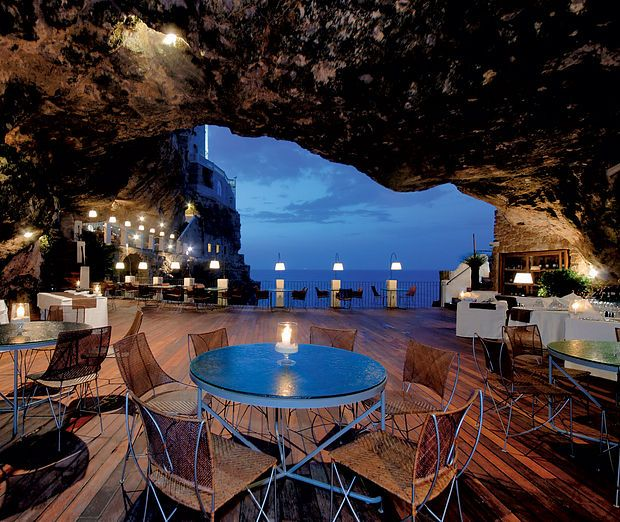 I want to dine in Puglia, Italy inside the cave restaurants and bars.