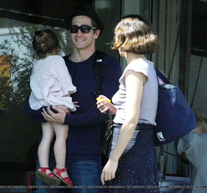 Jake Gyllenhaal with sister Maggie and niece Ramona, 2009 - Lunch At Ammo In LA