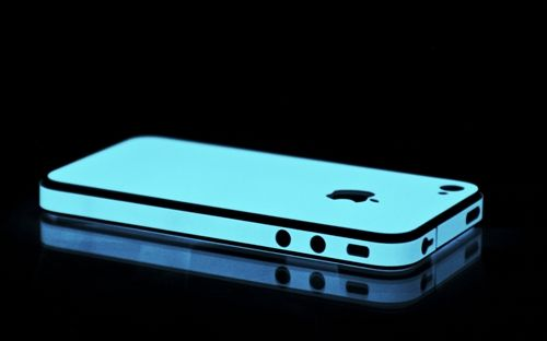 Vivid blue glow in the dark iPhone wrap: Blue Glow, Iphone Cases, Iphone 4S, Body Wraps, Full Body, Phones Cases, Glow In The Dark, Dark Skin, Dark Iphone