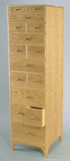 Minimalistic Shaker Chest of Drawers