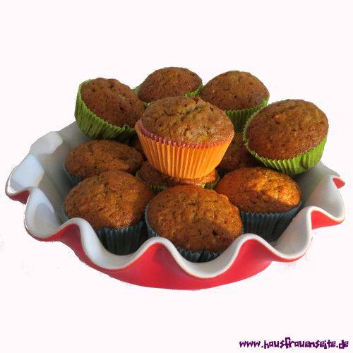 Ulrikes Pumpkinbrot mit Nüssen Ulrikes Pumpkinbrot ist ein Kuchenbrot mit Kürbis, das herrlich in den Herbst und zu Weihnachten passt vegetarisch laktosefrei