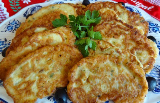 How to make Portuguese salt cod cakes (Pataniscas de Bacalhau).