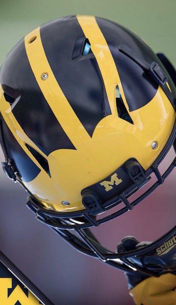 Michigan Wolverines In 2020 Michigan Football Helmet Michigan Wolverines Football Michigan Football