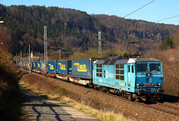 Czech Republic - Freight train ČDC 372 010-9 / Dolni Zleb — Trainspo