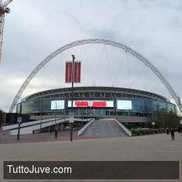 Juventus.com - A Wembley con la Juve!