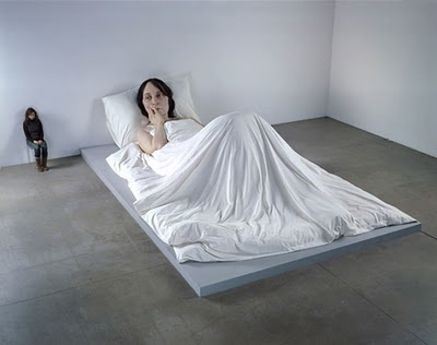 Ron Mueck how amazing is his art. It's so realistic