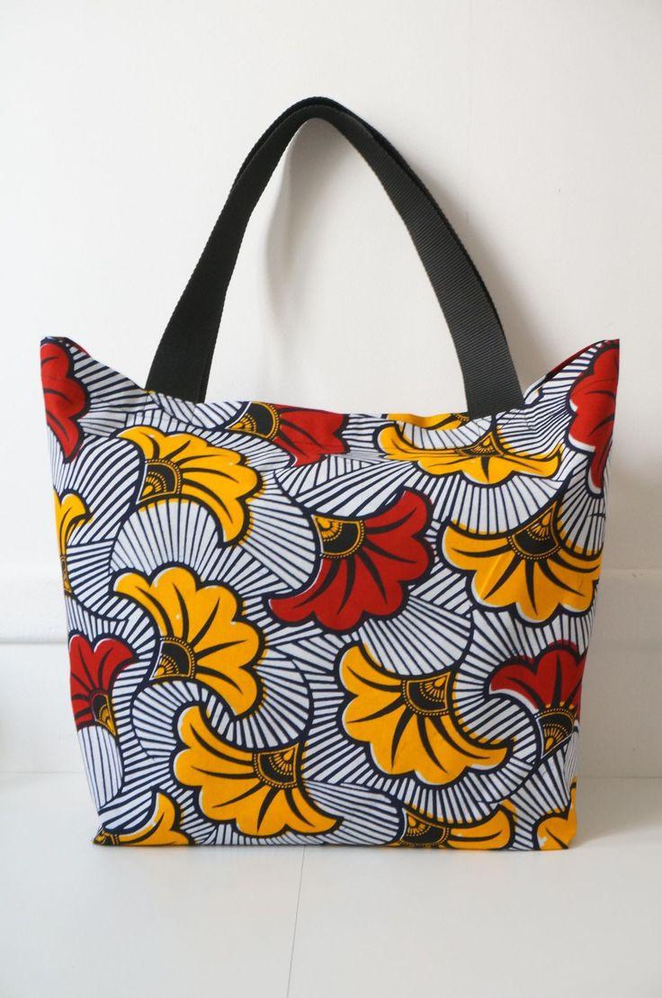 fr sac cabas avec doublure en tissu wax couleur rouge bleu et blanc sac main pinterest. Black Bedroom Furniture Sets. Home Design Ideas