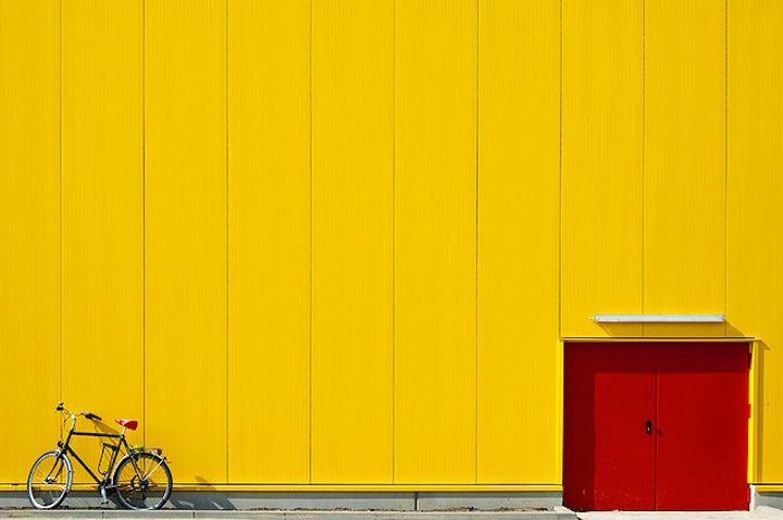 minimalistic photography by leontjew
