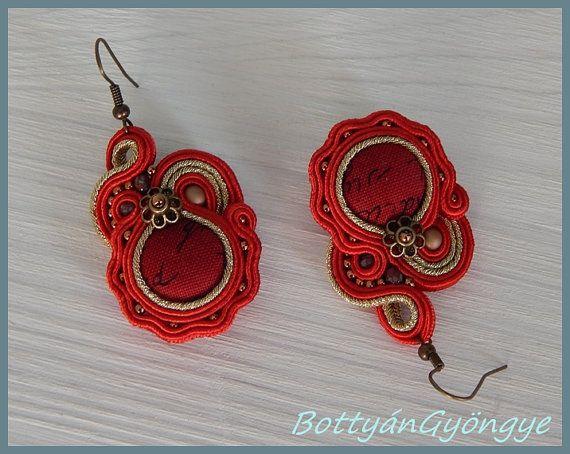 Redgold sparkling  asymmetric soutache earrings by BottyanGyongye