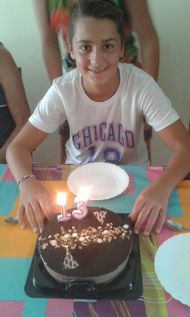 Feliz cumpleaños, Jordi! Espero que pases un buen día y cumplas muchos más. Un fuerte abrazo, hijo #cumple #FelizCumple