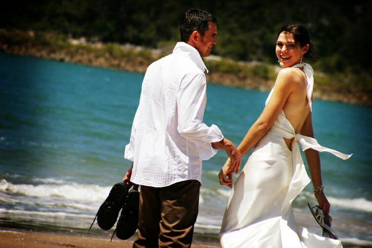 Bride & Groom + blue sea