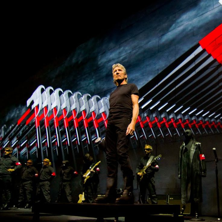 Roger Waters The Wall | Consequence of Sound