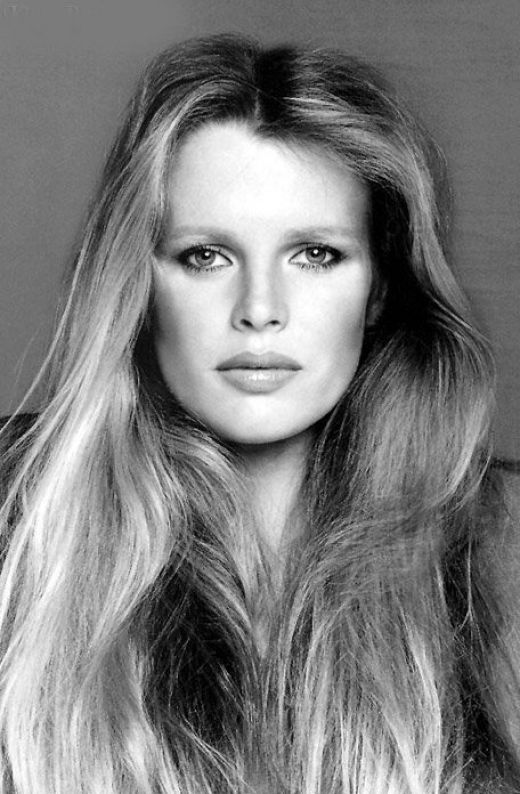 Kim Basinger...If I come back as a white woman in my next lifetime, I choose to look like Kim B. Without a doubt.