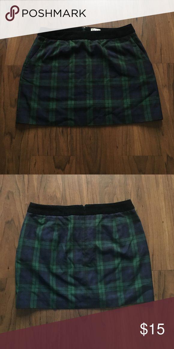 Jack Will's plaid skirt Mid thigh length plaid skirt by Jack Wills with velvet waist hem Jack Wills Skirts Midi