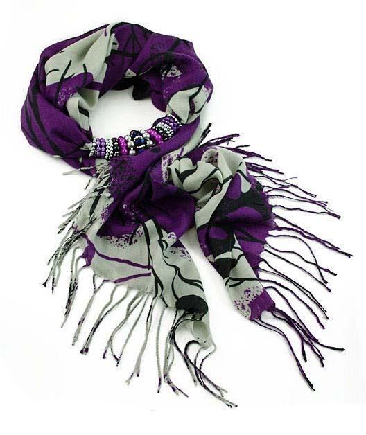Šála s bižuterií Violeta 396vio008-33.71 - fialová s abstraktním potiskem…