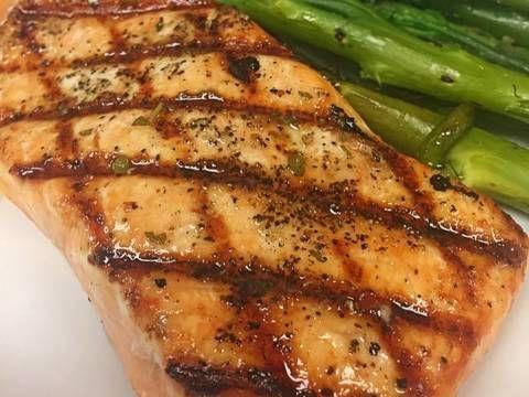 Filete de Salmón a las finas hierbas Receta de Culinaryexperiencewithdiosa - Cookpad