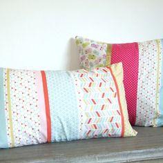 Housse de coussin 30 x 50 cm, tendance, tissu à rayures esprit scandinave, pastels, rose, rouge, cyan