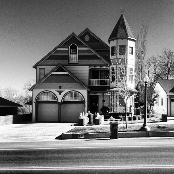 Victorian home in Prescott Valley, Az