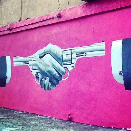lospaziobianco:  street art