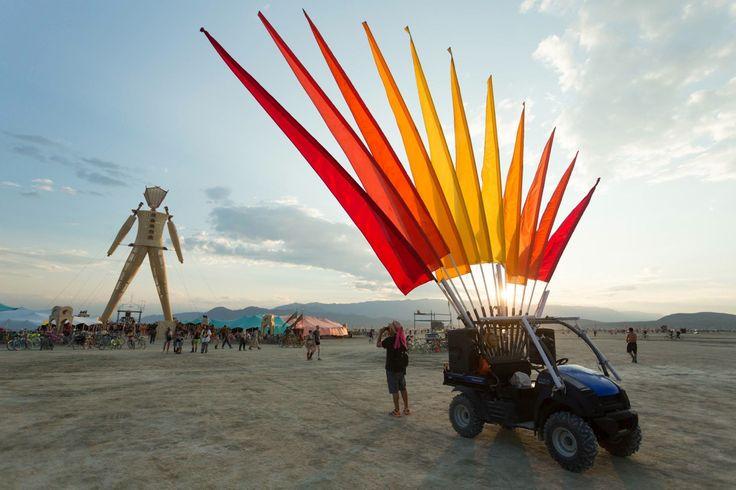 Fest300 - Burning Man 2014 Art Car Yearbook