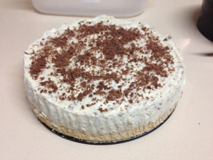 Baileys Cheesecake!  Recipe from: http://www.bbc.co.uk/food/recipes/baileysandchocolatec_72293