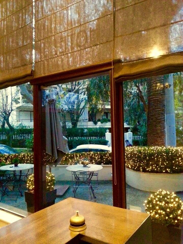 Christmas is officially here... at The Kefalari Suites!! #Christmas #Xmaslights #Xmas2014 #Kefalari #Athens #hotel #suites #garden