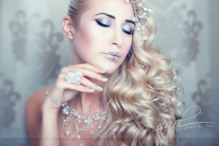 Photo/Creative/Edit: Laura Balc Assistant Photography: Codrut Bordeanu Model: Andreea Pro Nails: Nail Art Studio by Lore Hair: Bebe Veja Make-up: Deea Bălgărădean Accesories: Dee StyleDesign Location: LA Studio, Cluj Napoca