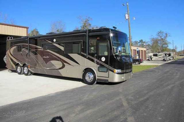 2008 Used Tiffin Motorhomes Allegro Bus 42QDP Class A in Idaho ID.Recreational Vehicle, rv, 2008 Tiffin Allegro Bus. This coach is a consignment and is currently located in Deatsville, Alabama. Cummins ISL 8.9L 425HP, Spartan Mountain Master 425, Two Stage Engine Brake, Aluminum Wheels, ABS Brakes, 6 Air Bags, Adjustable Gas and Brake Pedals, Independent Front Suspension, Spartan Chassis, Allison 3000 6 Speed Automatic Transmission, Lock-Up Torque Converter, GVWR 44,600 lb, Front Axle GAWR…