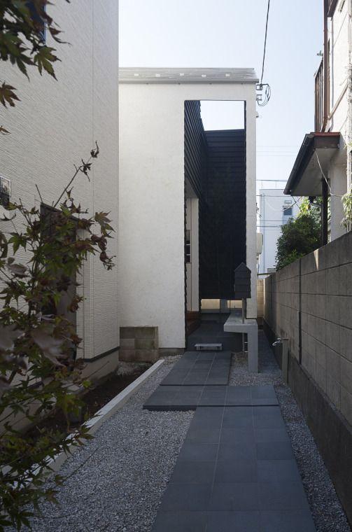 小さな変形敷地を楽しむ家」acaaの投稿記事 HouseNote(ハウスノート) エントランスへのアプローチ