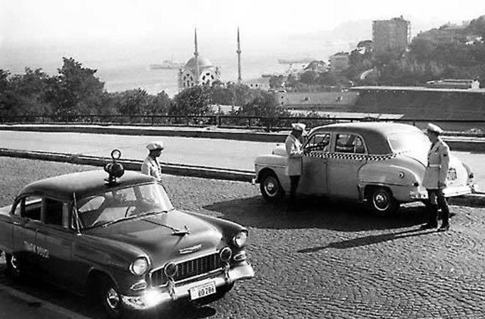 Trafik polisi - eski plakalar - 60'li yılların başlarında Beşiktaş