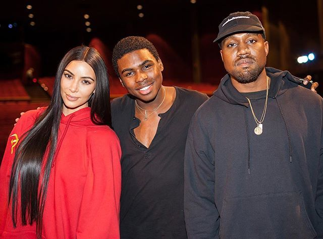 Look who came to The Nutcracker last night... @kimkardashian & @kanyewest with my partner in crime @samakins . Check us out on @people and @enews online! Link in bio. YEEZY YEEZY YEEZY. #labgoesnuts #losangelesballet #nutcracker #kimkardashian #kanyewest #yeezy #laphotographer #peoplemagazine #useformat