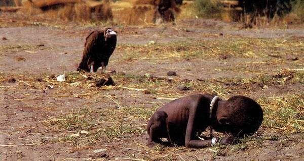 starving-child-vulture.