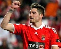 Antigos jogadores do Benfica felicitam 'encarnados' nas redes sociais