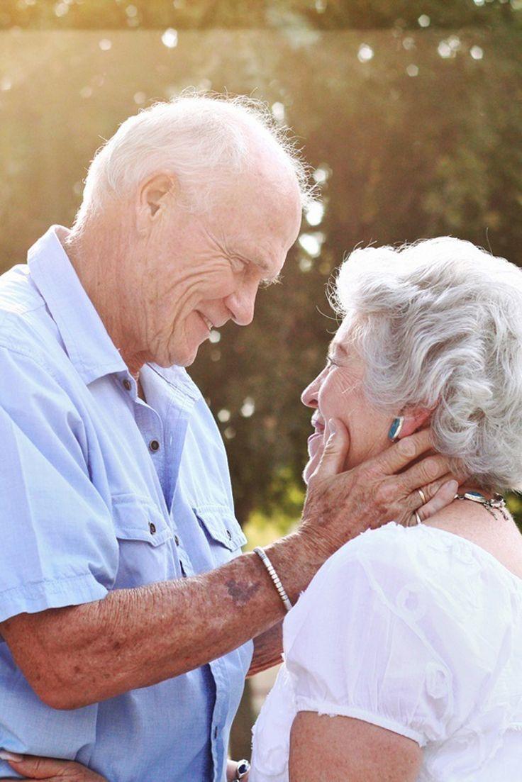 Любовь у старушек, минет от брюнетки красавицы