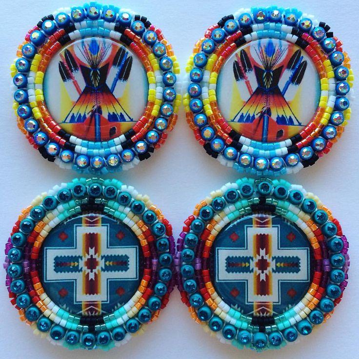 "@rheannacosta on Instagram: ""Ear candy  @jayasaym23 #beadwork #beadedearrings"""