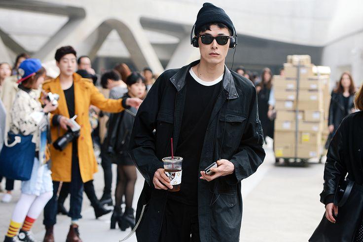 """koreanmodel: """"Streetstyle: Kim Wonjung at Seoul Fashion Week shot by Kim Jin Yong """""""