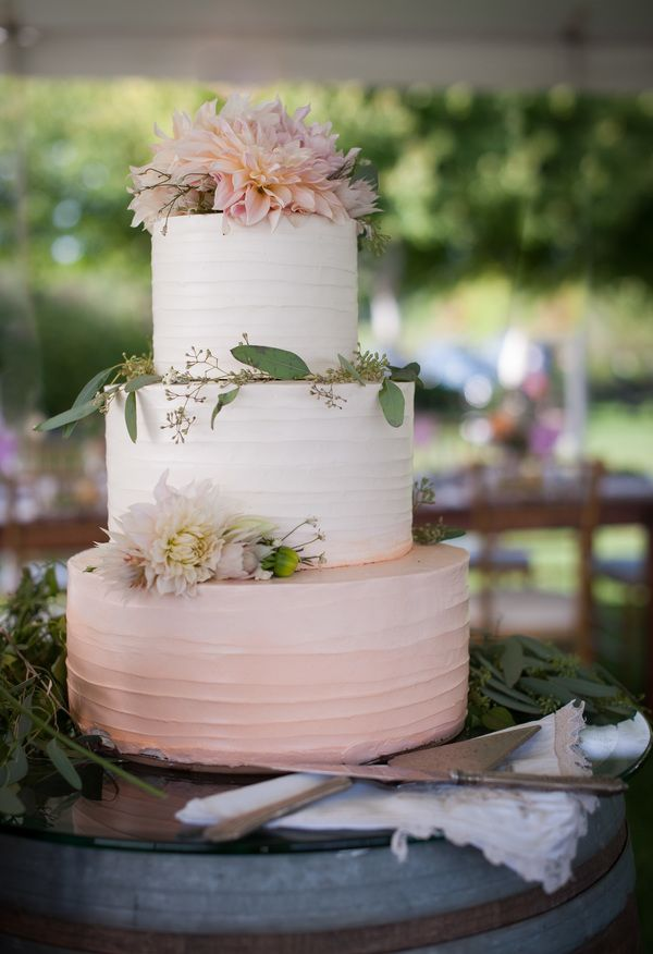 Subtle ombré cake topped with dahlias and eucalyptus // Caroline Rocchetta Photography