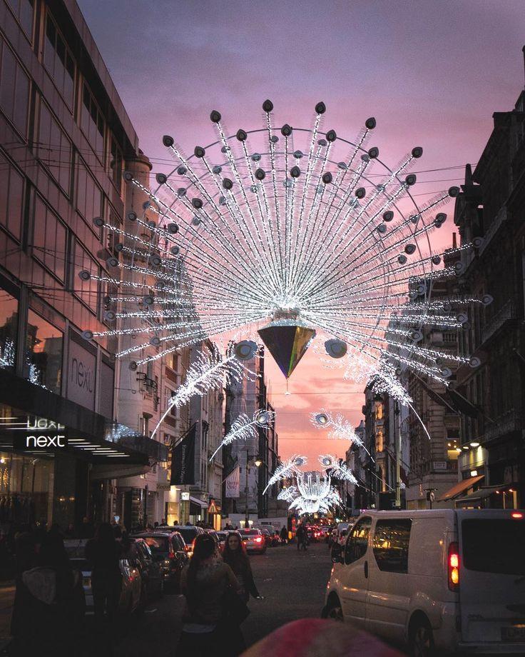 Its reminds me a peacock little bit hm? #xmas #christmasdecor #londonlights #lightshows #crazysky #igers #igerslondon #londongram #thisislondon #igersoftheday #igersdaily #daily #dailypost #iglife #explorer #explore #neverstopexploring #lookaround #serialtraveler #exklusive_shot #beautifuldestinations #visualoftheday #ig_LondonUK #kings_villages #agameoftones #toplondonphoto #ig_masterpiece #visitlondon #picoftheday