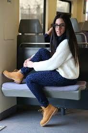 Resultado de imagen para look camisa jean con botas tipo timberland