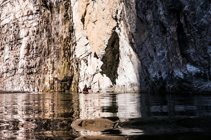 Kayak, paddling in the Sarca canyon, Italy, © Ruggero Arena