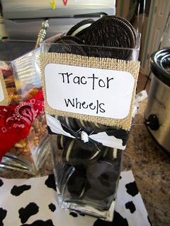 Oreo cookie tractor wheels: The Dalomba Days @Erin Flanagan for a cowgirl party