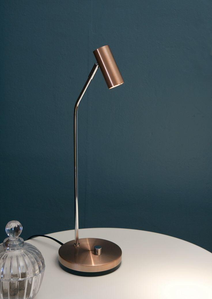 Led belysningen blir bara bättre och bättre. Belid levererar i stilren koppar, bordlampa D-33. Pris EM.com