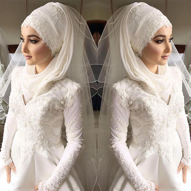 These are some stunning hijab styles and wraps you can try on your wedding day, they are so simple yet look glamourous and gorgeous! you can doll yourself up for your special day to make sure everything looks as you…