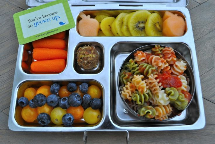 Miss G Kindergarten pasta lunch in @Planet Box with @Lunchbox Love from Say Please notes by bentoriffic