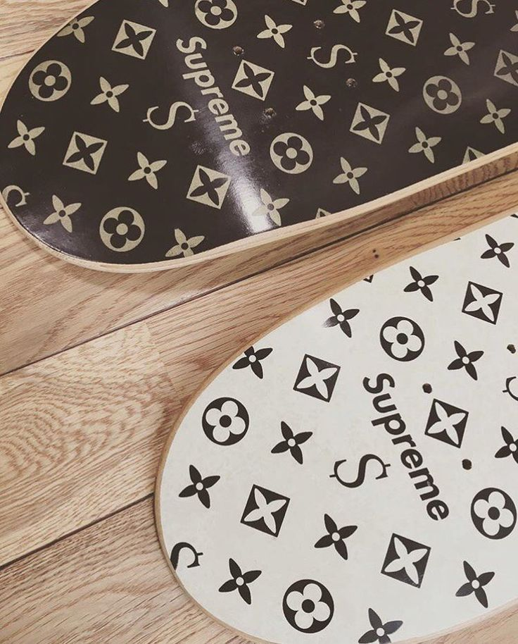 Louis Vuitton x Supreme Skateboard Deck