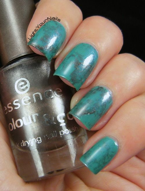 LightYourNails!: Turquoise water spotted nails